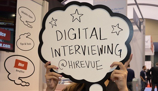 PREPARE FOR YOUR DIGITAL INTERVIEW LIKE A PRO: 4 TIPS