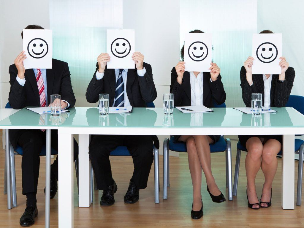 FIVE WAYS TO QUICKLY BOOST EMPLOYEE MORALE